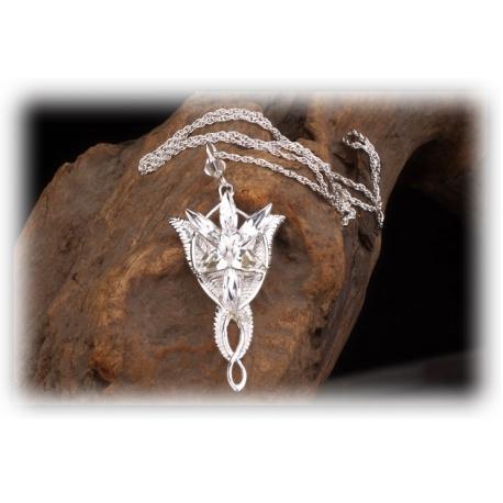 Arwens Abendstern aus 925er Sterling Silber mit facettenreichen Swarowski-Kristallen