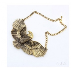 golden Egyptian eagle Horus - 3D pendant - hard gold plated incl. chain - Fashion Egypt