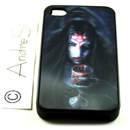 Vampir-Lady mit Trinkpokal voll Blut - 3D Motiv mehrstufig - iPhone 4 / 4S Schutzh?lle - Cover Case - Magic Gothic Fashion