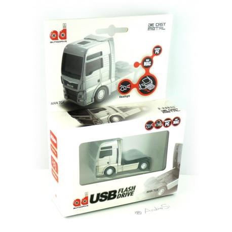 Autodrive MAN TGX Zugmaschine Truck/LKW silber 8 GB USB-Stick