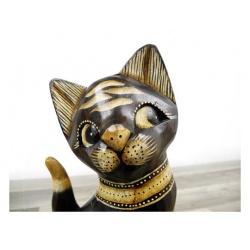 handgeschnitze Katze aus Albesia-Holz, handbemald und lasiert aus Indonesien
