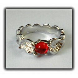 Eowyn's ring with fiery red crystal, hard silver plated