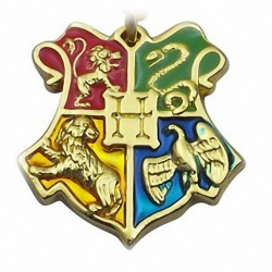 Hogwarts pendant with house colors in the coat of arms of Gryffindor, Slytherin, Ravenclaw, Hufflepuff