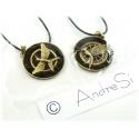 Hunger Games - noble mock-oil pendant *New double black design* old gold/black