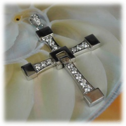 Fast and Furious Dominic Toretto Vin Diesel Cross Chain 100% Stainless Steel SUPER Brands QUALITY