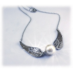 Necklace with schnatz (snitch) silver plated